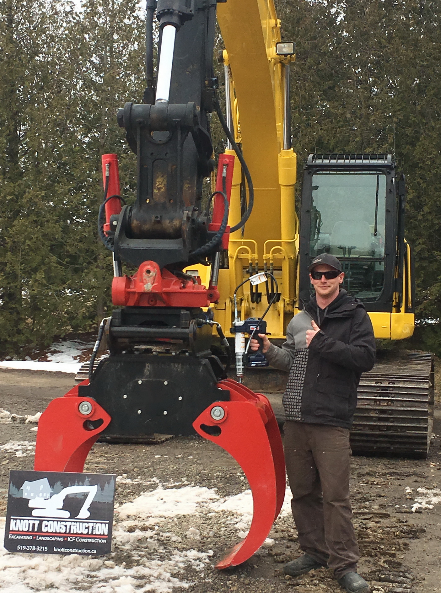 Winner in the FLO Components NHES 2019 Lincoln PowerLuber Grease Gun Contest - Matt Wilson of Knott Construction Ltd.