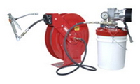 PUMP & HOSE REEL KIT FOR EFFECTIVE MANUAL LUBRICATION IN MOBILE APPLICATIONS